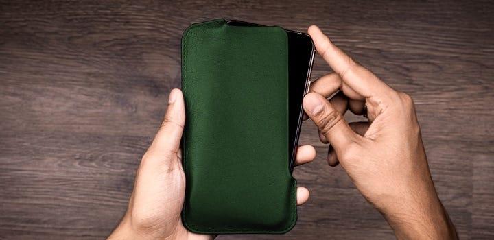 Capa para iPhone 11 Pro Max - Verde Escuro - Couro Suave